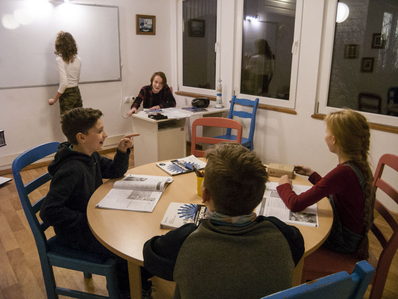 szkola-jezykow-obcych-zabki-egzaminy-angielski-dzieci-mlodziez